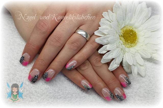 Nagelmodellage, Nageldesign